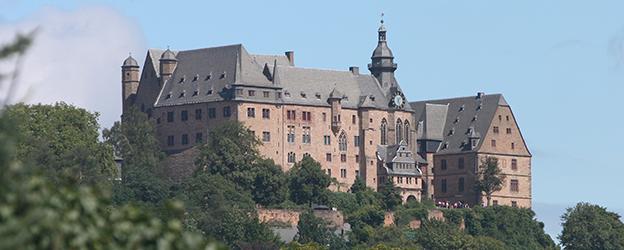 Замок Марбург: Письменный и устный переводчик